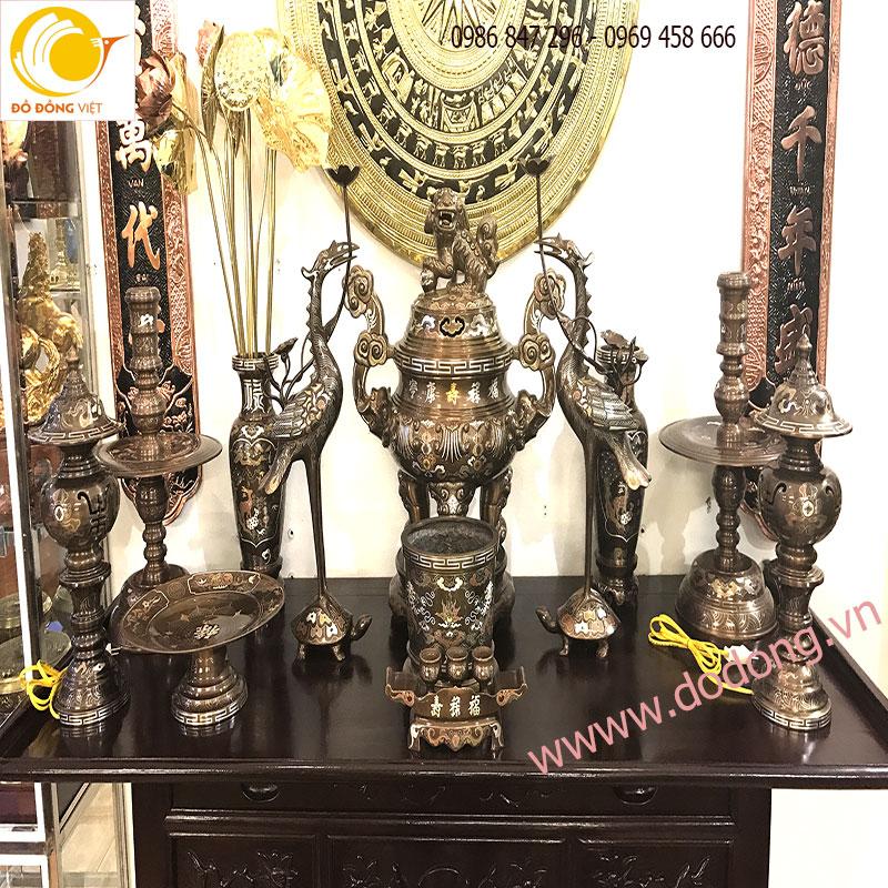 Bộ đồ thờ cúng ngũ sắc chạm khảm cao cấp cho bàn thờ gia đình