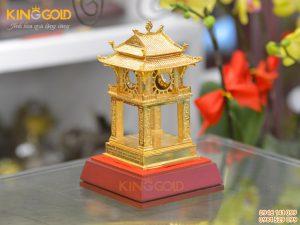 Quà tặng mô hình Khuê Văn Các mạ vàng 24k đẹp tinh xảo