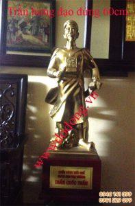 Tượng đồng Trần hưng đạo áo vải 60cm đồng vàng