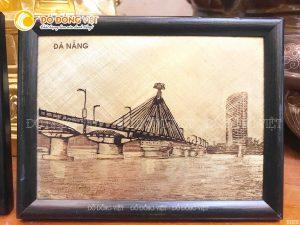 Tranh đồng Cầu Sông Hàn chế tác kiểu mới công nghệ 2D chạm khắc