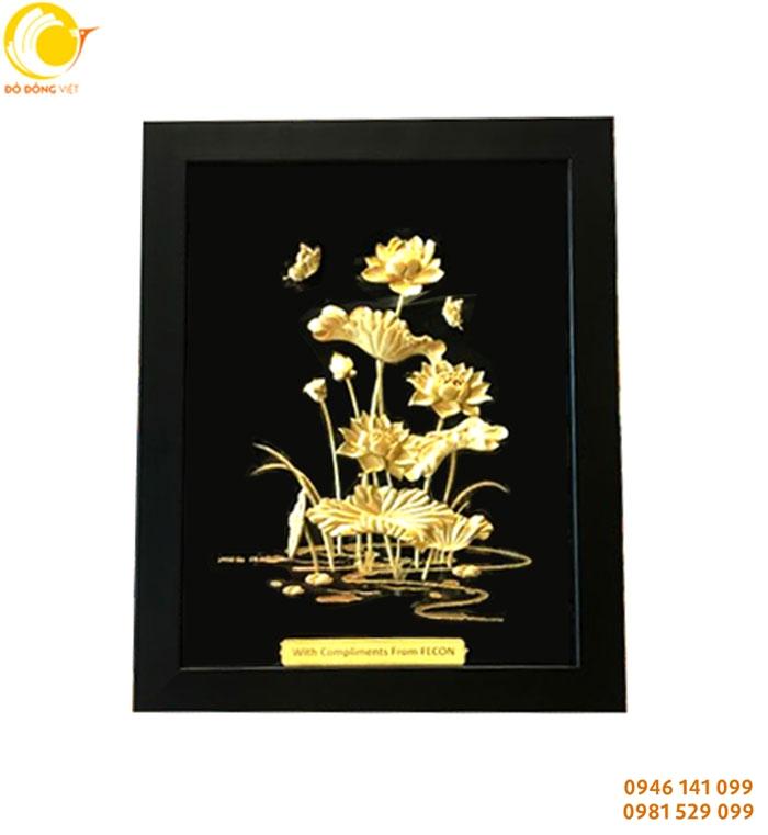 ý nghĩa hoa sen bằng vàng trong tình yêu, phong thủy