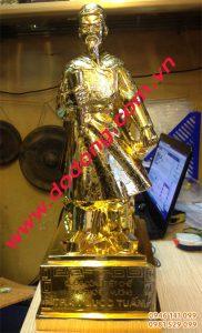 Tượng đồng trần hưng đạo mạ vàng – Tượng mạ vàng