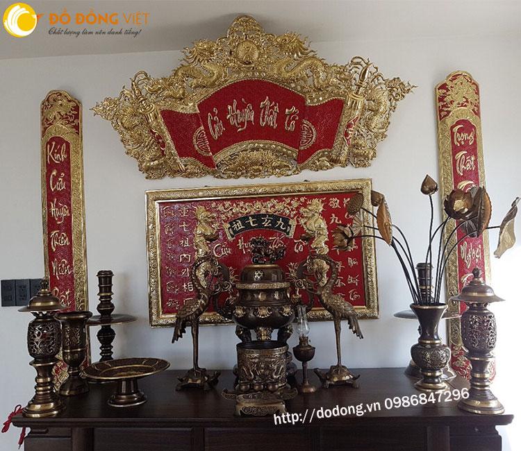 Đồ thờ cúng lư hương, cuốn thư câu đối, liền thờ bằng đồng trang trí nôi thất bàn thờ