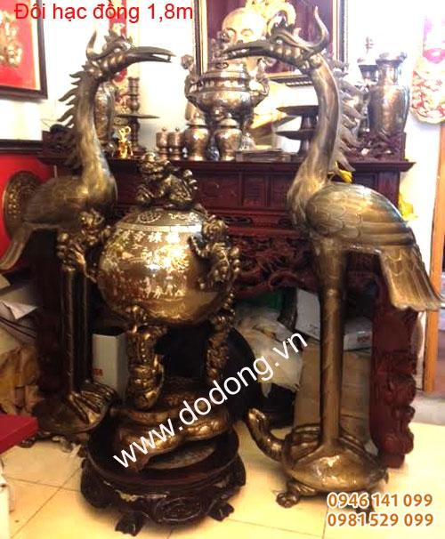 Lư đồng, hạc đồng trưng bày phòng thờ, đình chùa, đền thờ