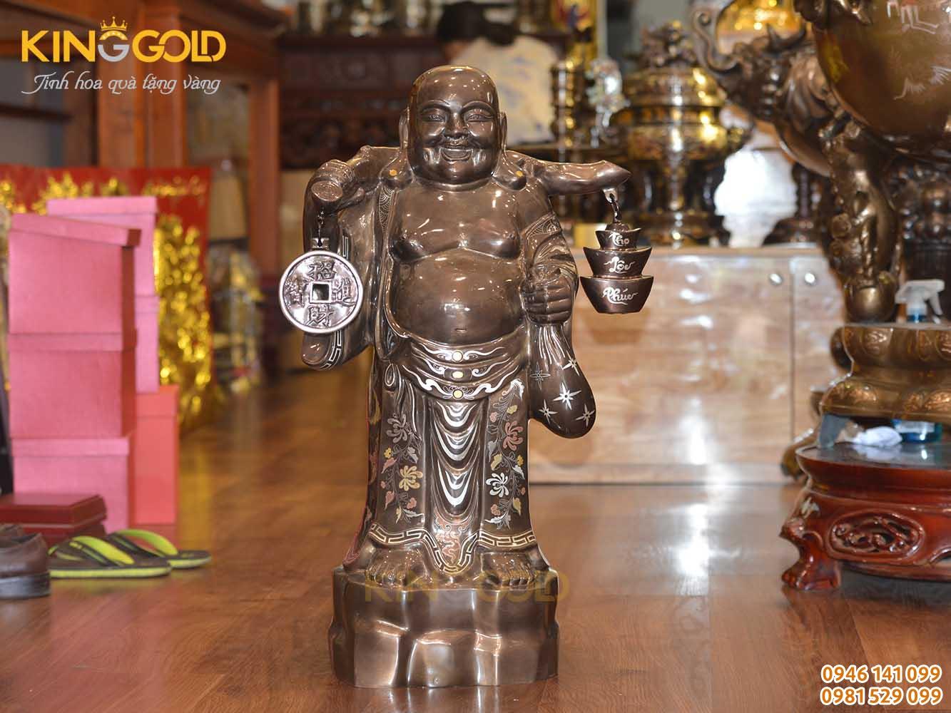 Tượng Phật Di Lặc gánh tiền vàng khảm ngũ sắc