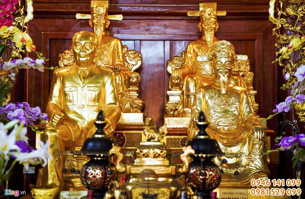 Đúc tượng thờ trong đền thờ, từ đường dòng họ uy tín