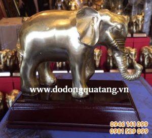 Đúc tượng voi đồng nguyên chất 15cm làm quà tặng